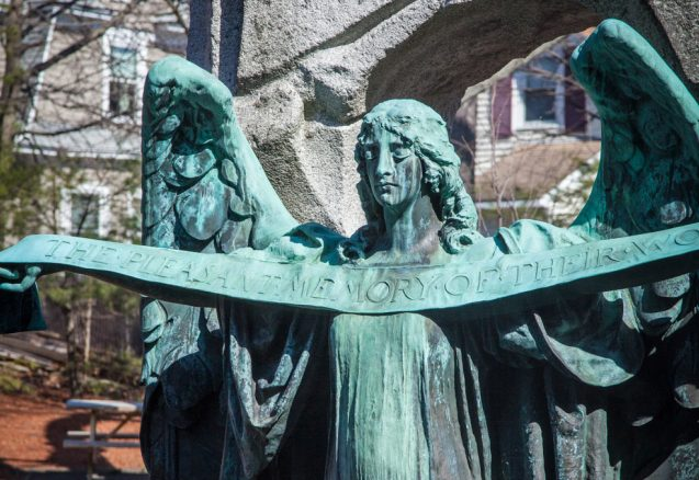 A picture of an angel statue.